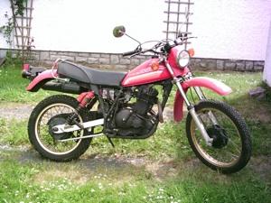 Suzuki DR500